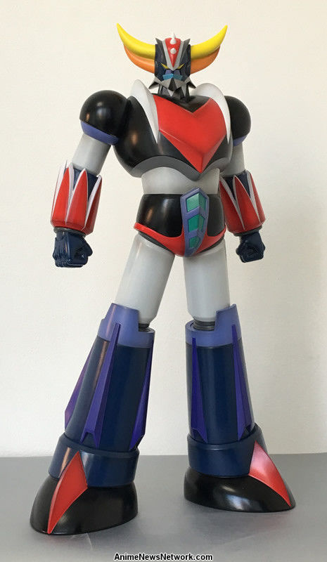 decorate your home with human-sized great mazinger  devilman statues - interest