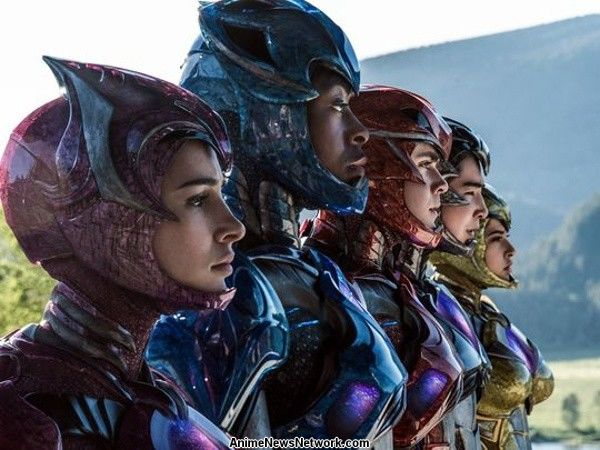 New Power Rangers Film's Main Cast Photographed in Armor